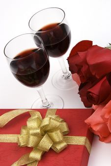 Free Roses With Present And Wine Royalty Free Stock Photography - 1833897