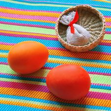 Free Two Eggs Royalty Free Stock Images - 1834949