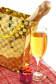Free Bottle Of A Champagne In Celebratory Packing Royalty Free Stock Photography - 1837767
