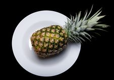 Free Pineapple On Plate Stock Photo - 18301160