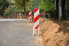 Free Road Works Royalty Free Stock Photos - 18301408