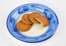 Free Biscuits On Plate Stock Image - 18302001