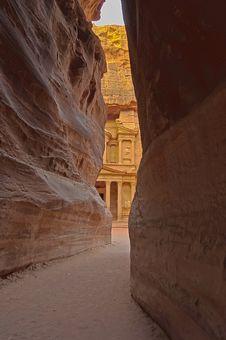 Free Magical Sunrise At The Treasury. Petra, Jordan Royalty Free Stock Photo - 18302025