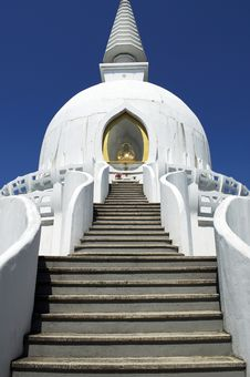 Free Beautiful White Stupa Stock Photos - 18302213