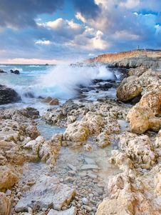 Free Seashore With Stone Royalty Free Stock Photo - 18302415