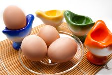 Free Easter Eggs On The Plate Stock Photography - 18316002