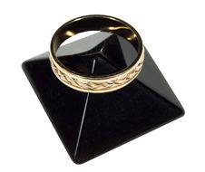 Free Wedding Ring Royalty Free Stock Image - 18322136