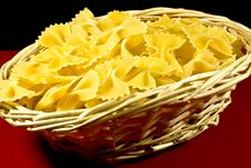Free Basket Of Pasta Royalty Free Stock Photos - 18322268