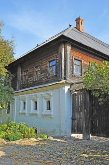 Free Old Russian Merchant House Stock Photo - 18322950