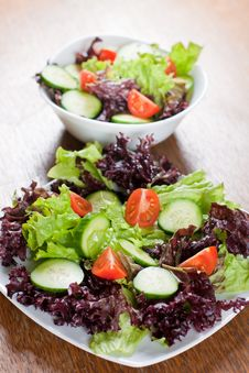 Free Fresh Salad Royalty Free Stock Photos - 18326808
