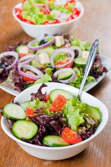 Free Fresh Salad Royalty Free Stock Photos - 18327168