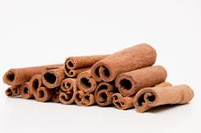 Free Cinnamon Sticks Royalty Free Stock Photo - 18327765