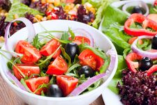 Free Fresh Salad Royalty Free Stock Photography - 18328077