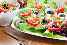 Free Fresh Salad Royalty Free Stock Images - 18328999