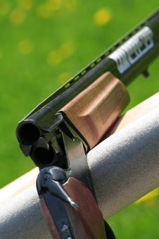 Free Sporting Rifle Stock Images - 18331434