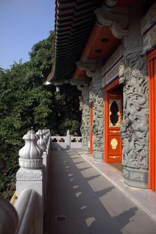 Free Chinese Temple Entrance Royalty Free Stock Photos - 18332548
