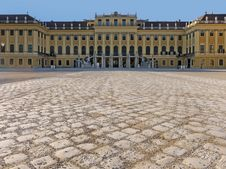Free Schonbrunn Palace Vienna Stock Photography - 18334702