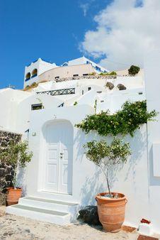 Free Santorini Village Royalty Free Stock Photography - 18334917