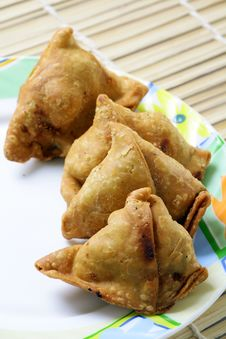 Free Samosa Snack Stock Photography - 18335272