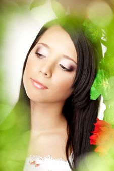 Free Beautiful Girl With Bright Make-up Among The Roses Royalty Free Stock Photos - 18338548