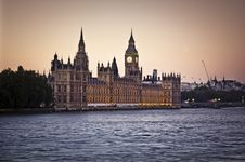Free Houses Of Parliament Royalty Free Stock Image - 18342106
