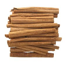 Free Cinnamon Sticks Isolated Royalty Free Stock Image - 18342186