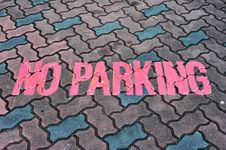 Free No Parking Sign Stock Image - 18346001
