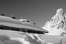 Snowy Landscape Of Dolomites Royalty Free Stock Photography
