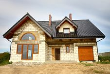 Free A New Constructed House Royalty Free Stock Photos - 18347008