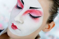 Free Japan Geisha Woman With Creative Make-up Royalty Free Stock Photo - 18351065