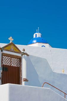 Free Beautiful Blue Church In Santorini Stock Images - 18352204