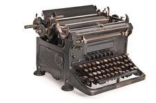 Free Vintage Typewriter Ideal Naumann Stock Photos - 18355003