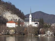 Free Church Of St. Martin. Resort Of Bled. Slovenia Royalty Free Stock Photography - 18355917