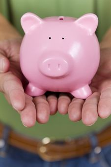 Free Piggy Bank Royalty Free Stock Image - 18366696