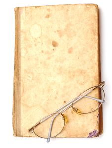 Free Old Book With Eyeglass Stock Image - 18368131
