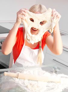 Free Woman Baking Stock Photography - 18368482