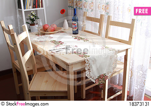 Free Dining Table Stock Image - 18373131