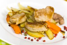 Free Roasted Pork Fillet - Tenderloin With Vegetables Royalty Free Stock Image - 18372346