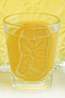 Free Lemon Liqueur Royalty Free Stock Photos - 18375328