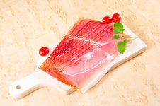 Free Raw Ham Royalty Free Stock Photography - 18376147