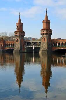 Free Oberbaum Bridge Berlin Stock Image - 18377611