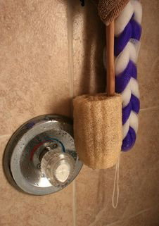 Free Shower Loofa Royalty Free Stock Image - 18387026