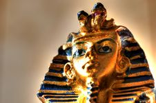 Free Pharaoh Statue Royalty Free Stock Images - 18390009