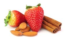 Free Strawberry With Almonds And Cinnamon Stock Photo - 18390780