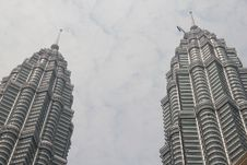 Free Peaks Of Petronas KLCC Twin Towers, Stock Photography - 18391102