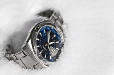 Free The Male Watch On Snow. Stock Photos - 18395153
