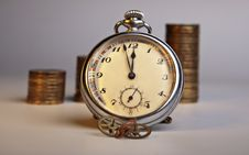 Free Old Clock Royalty Free Stock Photos - 18395398