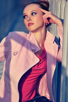 Free The Fashion Girl In A Pink Coat Stock Photography - 18396412