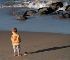 Free Beach Boy Royalty Free Stock Photo - 1843115