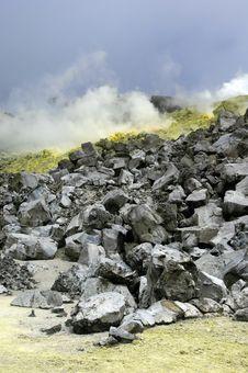 Free Galapagos Sulfur Volcano Royalty Free Stock Photo - 18407285